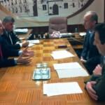 Sindicaliştii de la Poşta Română s-au întâlnit cu prefectul Gheorghe Feneşer