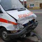 O ambulanță a fost implicată în această dimineață într-un accident rutier la Alba Iulia