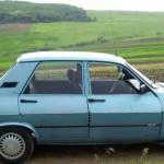 Polițiștii au surprins ieri un bărbat din Ciugud fară permis, conducând o mașină furată. În plus mașina avea și numere false de înmatriculare