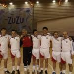 """Meci demonstrativ oferit albaiulienilor de către """"Generaţia de aur"""" a fotbalului românesc"""