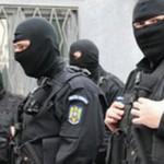 Percheziții la domiciliile unor suspecți de furturi din case situate în cartierele Orizont şi Partoş din Alba Iulia