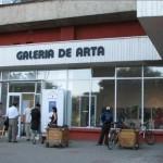 Joi, 15 iunie 2017: Expoziție retrospectivă de ceramică purtând semnătura artistului Eugen Cioancă, la Galeria UAPR din Alba Iulia