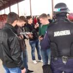 De ziua Porților Deschise jandarmii albaiulieni au fost vizitați de sute de elevi