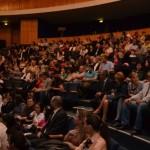 Sute de albaiulieni au participat la spectacolul aniversar Ambient – 20 de ani de existență, la Casa de Cultură a Sindicatelor din Alba Iulia