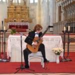 Catedrala Romano-Catolică din Alba Iulia a găzduit astăzi un concert de chitară clasică