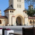 A fost finalizat accesul pe platoul din fața Catedralei Reîntregirii