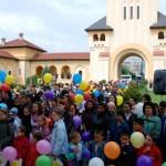 Copiii cu dizabilităţi severe din Alba Iulia au pregătit un spectacol de încheiere a anului şcolar
