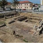 Firme din Italia, Ungaria şi România se lupta pentru cei 3,7 milioane de euro puși la bătaie pentru conservarea vestigiilor romane din Piaţa Cetăţii