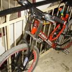Bărbat de 34 de ani din Sovata, cercetat penal după ce a sustras o bicicletă din scara unui bloc din Alba Iulia
