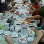 """Filantropia Ortodoxă a organizat un atelier """"hand-made"""" pentru persoanele cu handicap din Alba Iulia"""