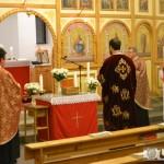 """Moaştele Sfântului Ierarh Nicolae au ajuns la Biserica Greco-Catolică """"Sfântul Spirit"""" din Alba Iulia."""