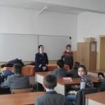 Poliţiştii au oferit sfaturi utile pentru siguranţa elevilor Liceului cu Program Sportiv din Alba Iulia