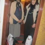40 de persoane vârstnice din Alba Iulia au primit pachete cu alimente din partea unui grup de colindători din Ighiel