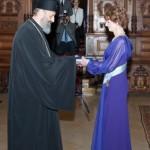 Regele Mihai I al României l-a decorat pe ÎPS Irineu, Arhiepiscopul Alba Iuliei, cu Ordinul Coroana României în grad de Ofiţer