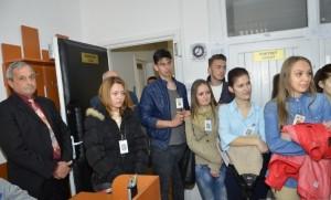 Elevi-HCC-vizita-la-IPJ-Alba