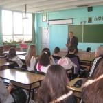 """Elevii școlii """"Ion Agârbiceanu"""" din Alba Iulia informaţi despre sistemul juridic şi pericolul consumului de droguri"""