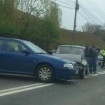 Un șofer grăbit a lovit un autoturism care circula regulamentar pe B-dul Încoronării din Alba Iulia