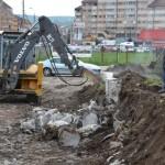 În această săptămâna s-a lucrat de zor la parcarea viitorului ştrand care se va amenaja în spatele Bazinului Olimpic din Alba Iulia