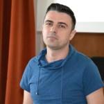 """Solistul trupei Vunk prezent la Colegiul HCC din Alba Iulia pentru o discuție cu tema """"Violenţa în cuplurile de adolescenţi"""""""