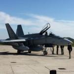 Şase avioane de vânătoare CF-18 Hornet au ajuns azi la Baza Aeriană 71 de la Câmpia Turzii
