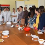 """Schimb cultural şi culinar în cadrul celei de-a IV-a ediții a """"Alba Culinaria"""" între studenţii Erasmus şi elevii din Alba Iulia"""