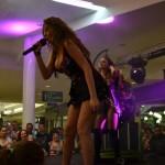 Show incendiar făcut de Anna Lesko la Noaptea Reducerilor de la Alba Mall