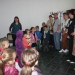 """Preșcolarii de la Grădinițele """"Dumbrava Minunată"""" şi Nr. 12 au fost oaspeții Centrului de Cultură """"Augustin Bena"""" din Alba Iulia"""