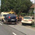 Un șofer din Cluj și altul din Satu Mare și-au făcut praf mașinile într-o intersecție a cartierului Tolstoi din Alba Iulia