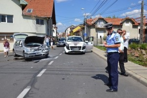 accident-alba-iulia-str-traian-aug-2014