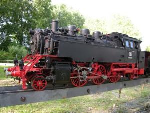 locomotiva-cu-aburi
