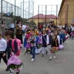 """Emoţii la festivitatea de deschidere pentru prichindeii de Clasa Zero de la """"Mihai Eminescu"""" Alba Iulia"""