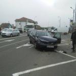 Trei autoturisme implicate într-un accident rutier petrecut în zona Protos din Alba Iulia