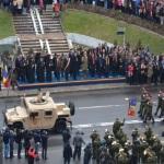 Paradă militară spectaculoasă la ALBA IULIA de Ziua Naţională a României