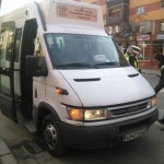 Femeie rănită într-un microbuz în timp ce șoferul a încercat să evite un accident pe B-dul. Revoluției din Alba Iulia