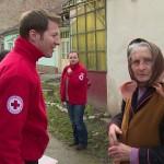 Persoanele nevoiaşe din Alba Iulia vor primi pachete cu alimente din partea Crucii Roșii