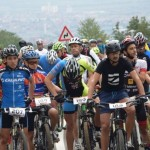Peste 100 de cicliști au luat startul la Mamut Bike Race