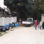 Peste 80 de saci de deșeuri menajere strânși în urma unei acțini de ecologizare organizată pe Dealul Mamut din Alba Iulia
