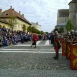 De luni, 17 aprilie 2017, începe un nou sezon de spectacole cu Garda Apulum la Alba Iulia