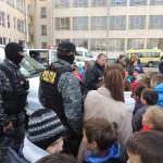 Peste 800 de elevi de la Liceul Sportiv din Alba Iulia au aflat ce presupune munca de polițist