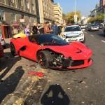 Culmea ghinionului. Și-a cumpărat un Ferrari de 1,5 milioane de euro și l-a lovit la doar câteva sute de metrii de reprezentanță