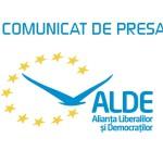 """ALDE: """"De Anul Nou, premierul Dacian Cioloş face un cadou nesperat samsarilor de drepturi litigioase"""""""