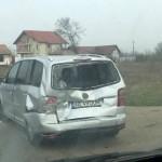 Coliziune între trei autoturisme și un TIR pe DN1, la Oiejdea