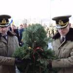 Depuneri de coroane și jerbe de flori la statuile eroilor din Alba Iulia, de Ziua Națională a României