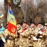 Mașini de luptă blindate, tunuri și peste 1200 de cadre militare au defilat de ZIUA NAȚIONALĂ, la Alba Iulia