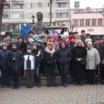 Elevi, profesori, cadre militare și oficialități l-au omagiant de Mihai Eminescu la Alba Iulia, cu ocazia împlinirii a 166 de ani de la nașterea acestuia