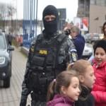 """Peste 250 de copii au participat astăzi la """"ZIUA PORŢILOR DESCHISE"""", eveniment organizat de IPJ Alba cu ocazia Zilei Poliției Române"""