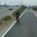 """Accidentul mortal din Alba Iulia în care un biciclist a ajuns sub roțile unui TIR surprins """"LIVE"""""""
