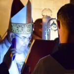 """ÎPS Jakubinyi György a oficiat Slujba de Înviere de la Catedrala Romano-Catolică """"Sfântul Mihail"""" din Alba Iulia"""