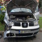 Accident rutier produs în cartierul Tolstoi din Alba Iulia, din cauza unei neacordări de prioritate într-o intersecție