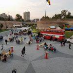 """Sute de participanți și zeci de restaurante mobile, la """"Alba Carolina Food Fest"""", de la Alba Iulia"""